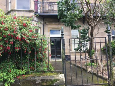 Photo for Spacious, quiet 3 bed garden apartment wifi parking Trinity/Leith