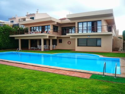 Photo for 6 bedroom Villa, sleeps 17 with Pool and FREE WiFi