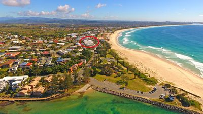 Photo for Large Modern Apartment Opposite Beach With Great Ocean Views