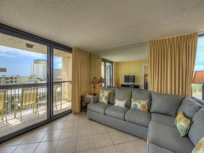 Photo for Stunning Condo, Multiple pools and splash pad, Free Wi-Fi, Gulf-front
