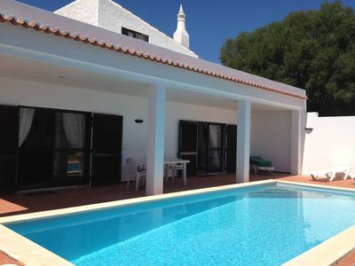 Photo for Alvor - Villa with pool and Garden