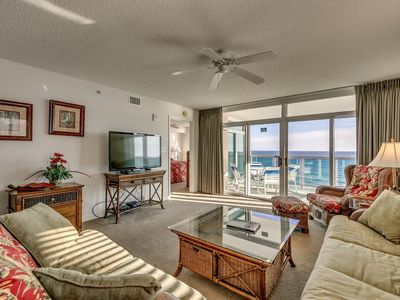 Photo for Luxurious Oceanfront 3 Bedroom Condo, Crescent Keyes 1010!