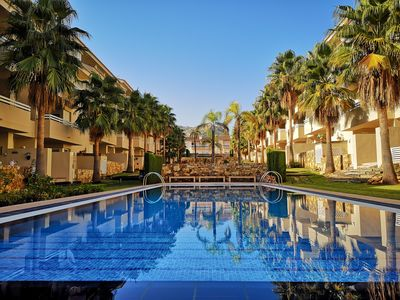 Photo for Green Paradise apartment with pool in a luxurious community for 4 pers.