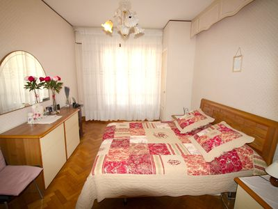 Photo for Nice 2 rooms 200 meters from the beach Nice Centre