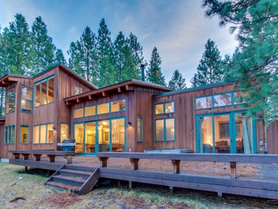 Photo for Spacious home w/ a private hot tub, resort pools, and a shared fitness center!