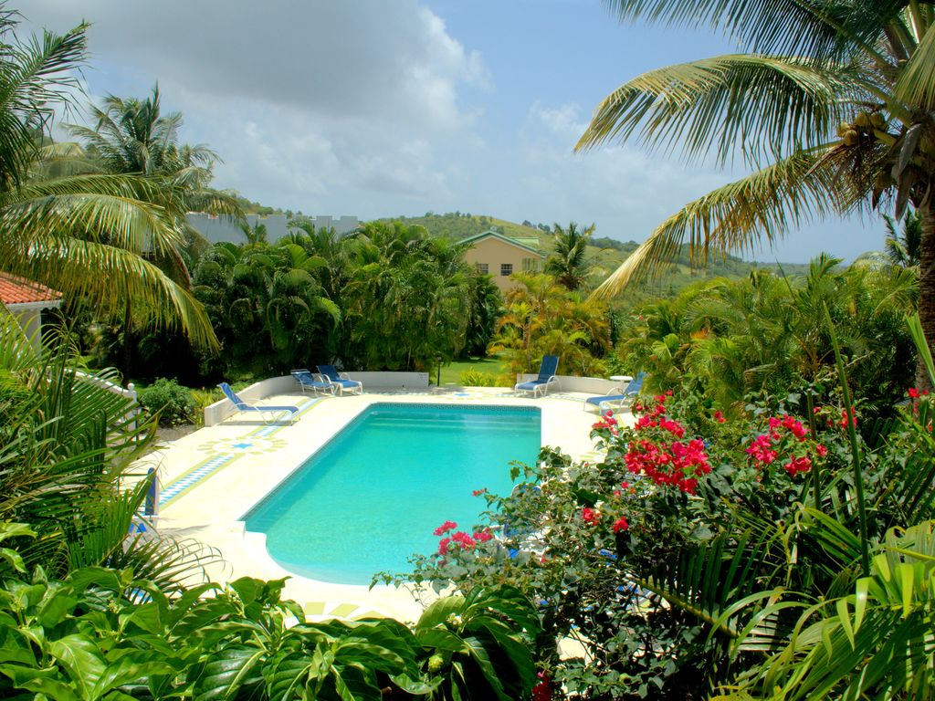 Castles in Paradise at Savannes Bay, Vieux Fort (southern St Lucia ...