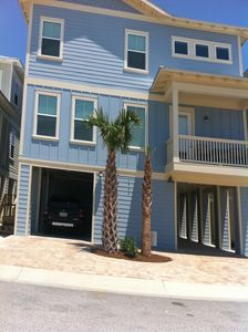 Pleasing Bluefin Beach Cottage Beachfront Home In Navarre Community Pool Hot Tub Navarre Home Interior And Landscaping Oversignezvosmurscom