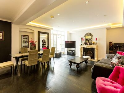 Photo for Amazing 4 beds/3 bath flat near Notting Hill