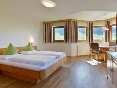 Photo for Studio (No. 1) - Guesthouse-Bed and Breakfast Fuchs Simon
