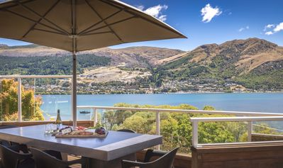 Photo for Spectacular positioned four bedroom home overlooking Lake Wakatipu