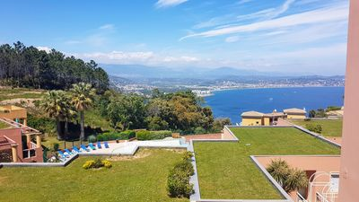 Photo for Air-conditioned apartment with superb sea view on the French Riviera - swimming pool parking