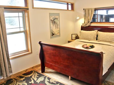 Photo for Zen Hideaway Loft with breathtaking views close to Ashland and Medford