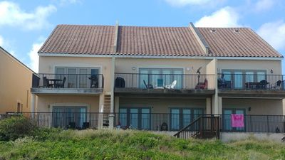 Photo for 3 Bedrooms Townhouse w/Ocean view right on the beach