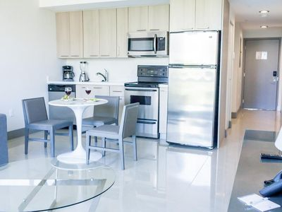 Photo for Brickell Enclave Apartment - 1BD/1BA Condo - Sleeps 3 - RBE101