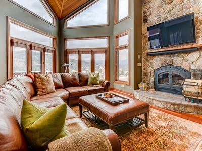 Photo for Luxurious ski-in ski-out townhome with stunning views, AC, stone fireplace, beautiful kitchen for your family getaway in the heart of the White Mountains! GROCERY DELIVERY AVAILABLE!