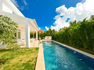 Modern 3BR Villa with Private Pool and Maid Service - Punta Cana Village