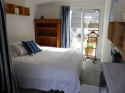 Photo for Cozy room south quiet neighborhood close to the ocean