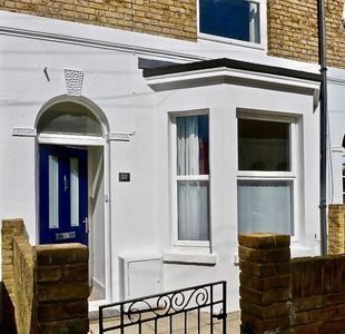 Photo for Charming 2 bedroom, recently fully renovated, Victorian cottage located just a short walk from Deal