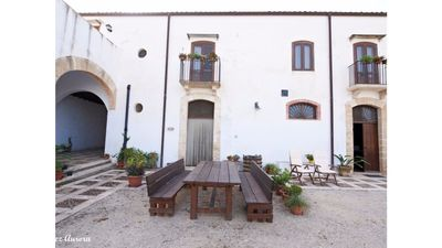 Photo for Ancient Rustic Apartment inside the Baglio Villa Velez