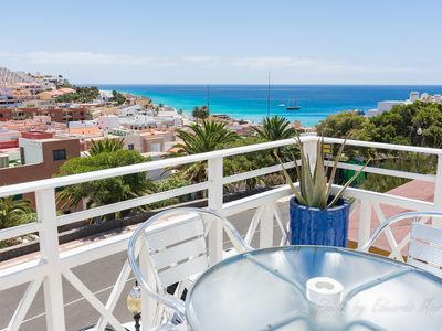 Photo for Comfortable and central apartment with great location and sea views
