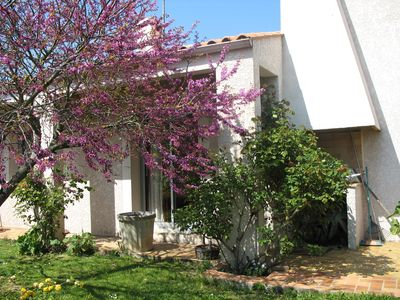 Photo for Lovely detached and quiet house 5 min from the beaches of La Rochelle