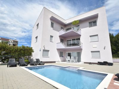 Photo for Nice apartment with shared swimming pool only 500m from the beach and 4km from Trogir