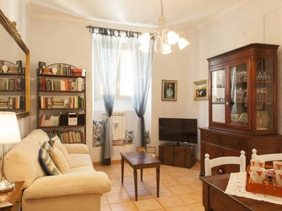 Photo for Center of Rome, Pyramid-Aurelian Walls: elegant apartment, recently renovated, strategically located and in the centre of Rome, with all of the amenities you need (Wi-Fi Free)