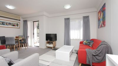 Photo for PERTH City Location-CONVENTION-BUSINESS-HOLIDAY- Free WiFi Free PARKING