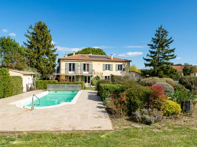 Photo for Maison Oppede - Beautiful house for 7,  views, heated pool, sauna and air-con