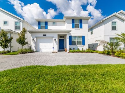 Photo for Enjoy a Holiday of a Lifetime in a Luxury Home on Storey Lake Resort, Orlando Townhome 2710