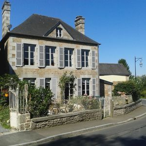 Photo for Beautiful Maison De Maitre in heart of lively village
