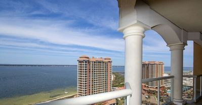 Photo for P5-2006 - Portofino 2B / 20th Floor Island Views