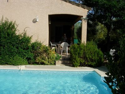 Photo for fully air-conditioned single storey villa with garden and pool Desjoyaux