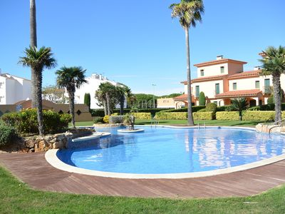 Photo for Duplex apartment a few meters from the Playa de Pals