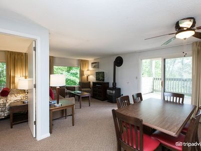 Photo for 220 Mountainside Dr, Unit E301: 2 BR / 2 BA  in Stowe, Sleeps 6