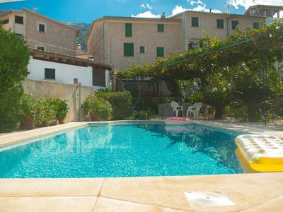 Photo for Typical Majorcan Townhouse with garden and pool