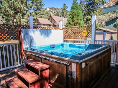 Photo for PRIVATE HOT TUB!  Close to LAKE & Natl Forest  GAMEROOM 12 ppl.