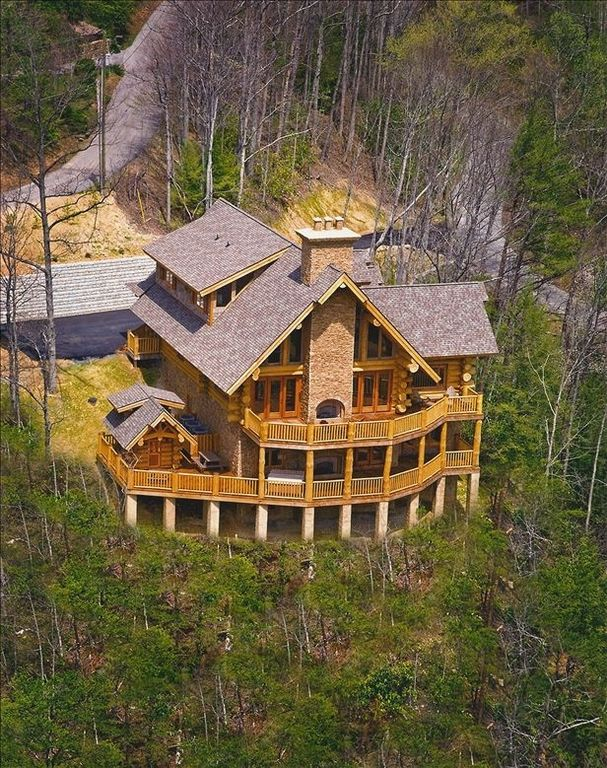 cabin gatlinburg for luxury perfect from cabins galtinburg your in tn vacation blog view secluded a