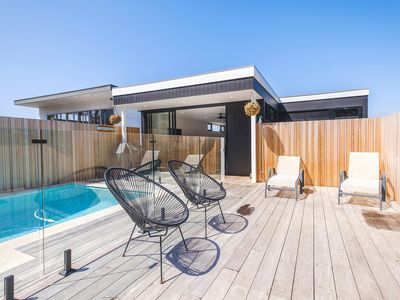 Photo for HEADLAND-hosted by: L Abode Accommodation