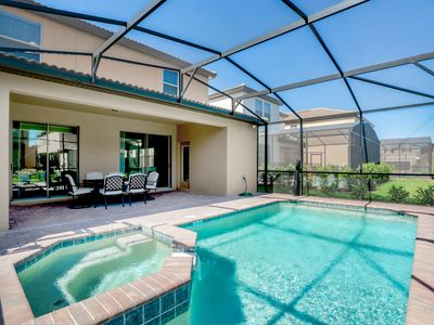 Photo for Beautiful 5BD pool home located in the Solterra Resort!