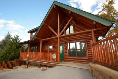 Welcome to Pine Cone Lodge