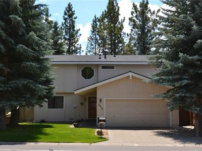 Photo for 2044 Venice Dr: 3 BR / 2 BA house in South Lake Tahoe, Sleeps 9