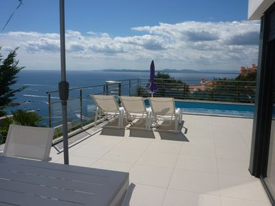 Photo for Contemporary luxury villa, 8 people, private pool, sea view, lift