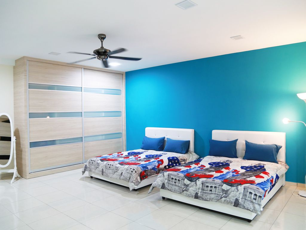 Storey 3 @ Malacca for 20 pax - VRBO