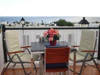 Relaxing Balcony -and Alfresco Dining