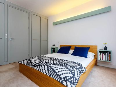 Photo for 1 bedroom flat with trendy interior. Located close to King's Cross (Veeve)