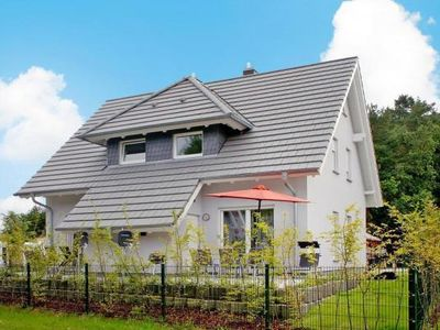 Photo for Semi-detached house, Ückeritz  in Usedom - 6 persons, 2 bedrooms