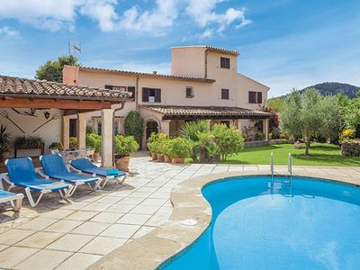 Photo for Spacious 4 bed Villa w/pool & BBQ, a short drive to Puerto Pollensa