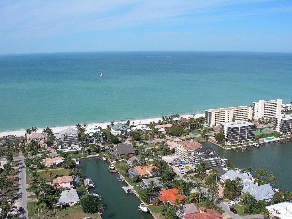 Naples Fl Vanderbilt Beach Waterfront Magnificent