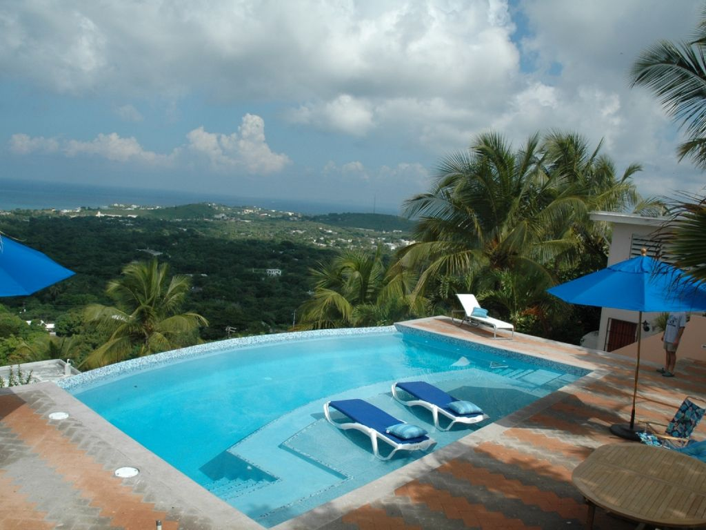 Car Rental Vieques: Vieques Is Special! See It From Up Here-Spe...